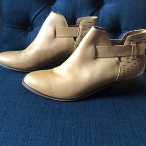 Dr Scholl's leather Booties.